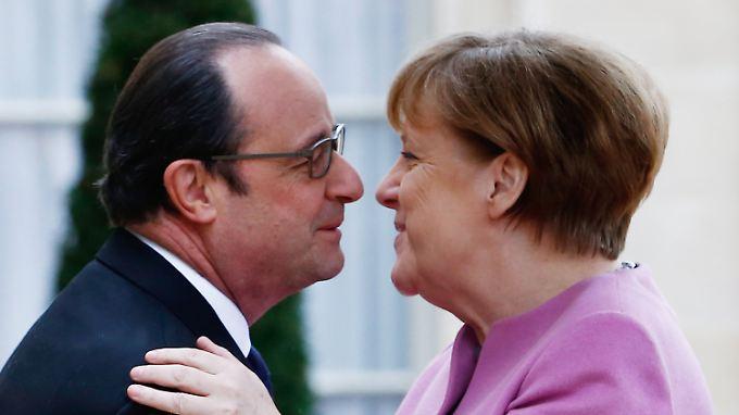 Frankreichs Premier Hollande und Kanzlerin Merkel: Deutschland bemüht sich um europäische Unterstützung in der Flüchtlingskrise.