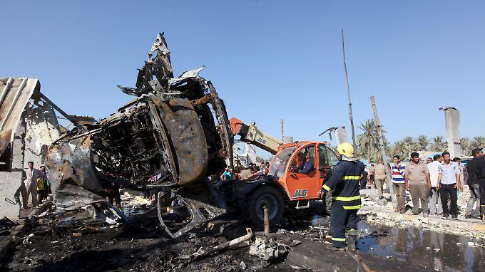 Die Detonation zerstörte den Kontrollpunkt und anliegende Häuser.