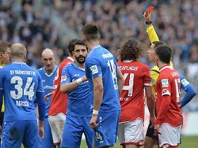 Die letzte halbe Stunde agierte Darmstadt in Überzahl, zum Sieg in Mainz reichte das aber nicht.