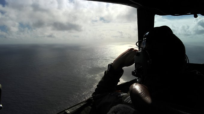 Die Suche nach dem verschollenen Flugzeug gestaltet sich als schwierig.