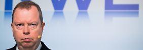 Energiekonzern in Schwierigkeiten: RWE kündigt neue Einschnitte an