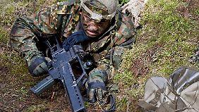 Kurdische Offiziere werden wie hier in Münster von der Bundeswehr für den Kampf gegen den IS ausgebildet.
