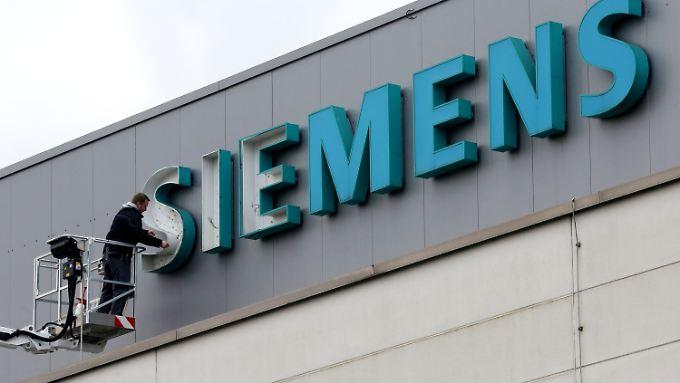 Siemens reagiert auf die Nachfrageschwäche.