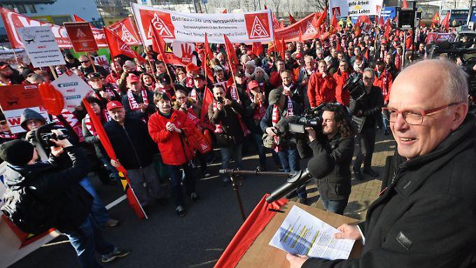 Kundgebung in Hannover zum Auftakt der Tarifverhandlungen.