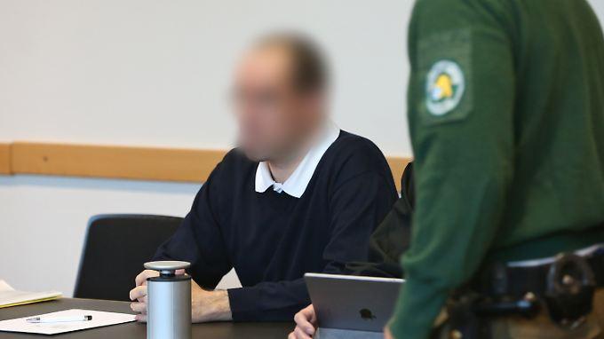 Das Gericht verhängte gegen den Kinderarzt ein lebenslanges Berufsverbot.