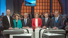 Es debattierten, von links nach rechts: Jochen Bülow (Linke), Eveline Lemke (Grüne), Roger Lewentz (SPD), Julia Klöckner (CDU), Volker Wissing (FDP), Uwe Junge (AfD).