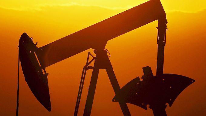 Der Iran will seinen von Sanktionen gebeutelten Staatshaushalt mit dem Öl sanieren.