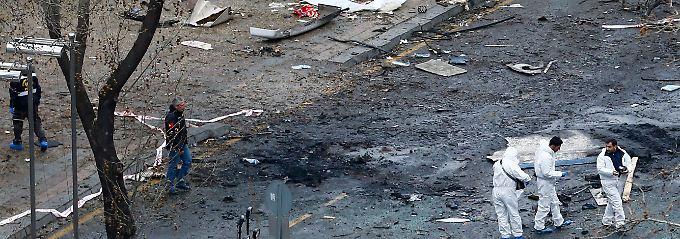 """Autobomben-Anschlag in Ankara: Regierung liegen """"konkrete Hinweise"""" vor"""