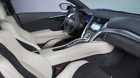 Das Cockpit des Honda NSX ist sportlich.