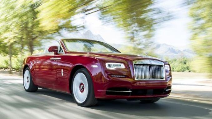 Mit dem Dawn versetzt Rolls-Royce die Haute-Volée in Sommerlaune.