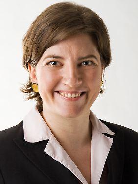 Dr. Christine Rummel-Kluge ist Fachärztin für Psychiatrie und Psychotherapie sowie Geschäftsführerin der Stiftung Deutsche Depressionshilfe.
