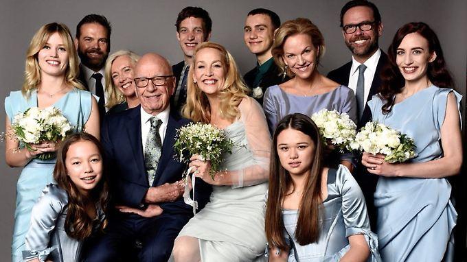 Rupert und Jerry im Kreise ihrer Kinder.