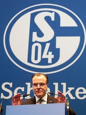 Schalke-Chef Clemens Tönnies kann zufrieden sein.