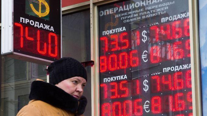 Ende Januar war der Rubel im Vergleich zum Dollar auf den bisher tiefsten Stand überhaupt gefallen.