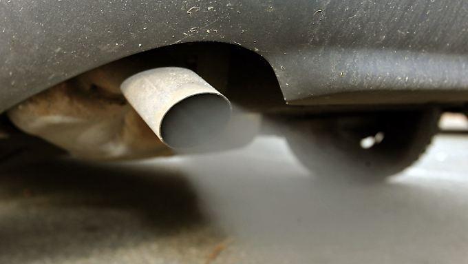 Das KBA hat die Abgaswerte bei gut 50 Fahrzeugmodellen überprüft.
