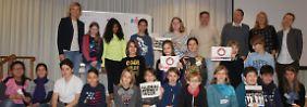 Jung-Unternehmer spielen Start-up: Carola Ferstl trifft Nachwuchs-Gründer