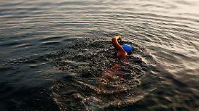 Mit 64 Jahren bricht Diana Nyad nochmal zu einem 165 Kilometer langen Kampf auf.