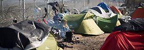 Tausende Menschen ohne Perspektive: Schicksal der Flüchtlinge in Idomeni ungewiss
