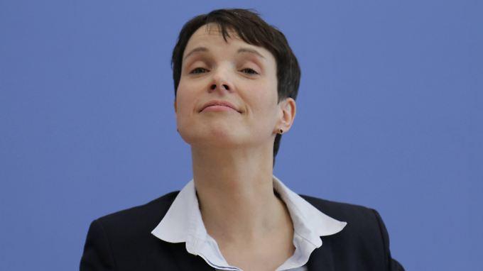 Frauke Petry hat sich 2015 von ihrer Jugendliebe Sven getrennt.