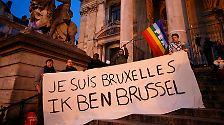 In den sozialen Netzwerken bekundeten zehntausende Menschen unter Schlagworten wie #JeSuisBruxelles (Ich bin Brüssel) oder #PrayForBelgium.