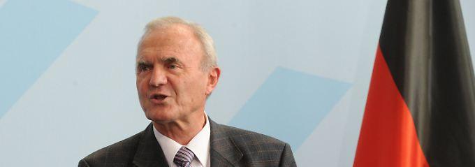 """Otmar Issing befürchtet die """"Bankrotterklärung der Geldpolitik""""."""