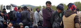 Folgen des Flüchtlingspakts: Helfer beenden humanitäre Arbeit