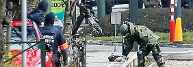 Bei dem spektakulären Einsatz im Brüsseler Bezirk Schaerbeek kamen auch Sprengstoffspezialisten zum Einsatz.
