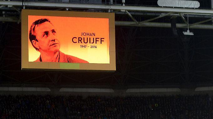 """""""Er war eine große Persönlichkeit"""": Fußball-Welt trauert um Johan Cruyff"""