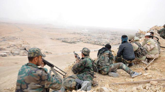 Zerstörung antiker Schätze gestoppt: Syrische Armee erobert Palmyra von IS zurück