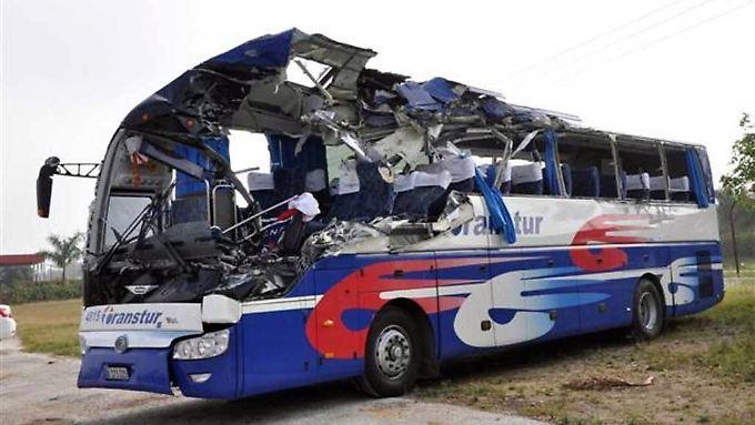 Tragisches Ende eines Karibikurlaubs: Reisebus mit Touristen verunglückt auf Kuba