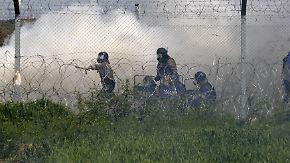 Neues Chaos in Idomeni: Polizei geht mit Tränengas gegen Flüchtlinge vor