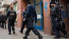 Nächtliche Großrazzia in Berlin: Polizei nimmt sechs Mitglieder eines arabischen Clans fest