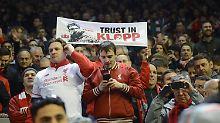 Sie vertrauen Jürgen Klopp: Fans des FC Liverpool.