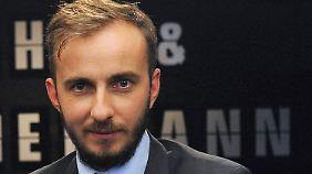 Bissige Wortmeldung auf Facebook: Böhmermann kündigt Fernsehpause an