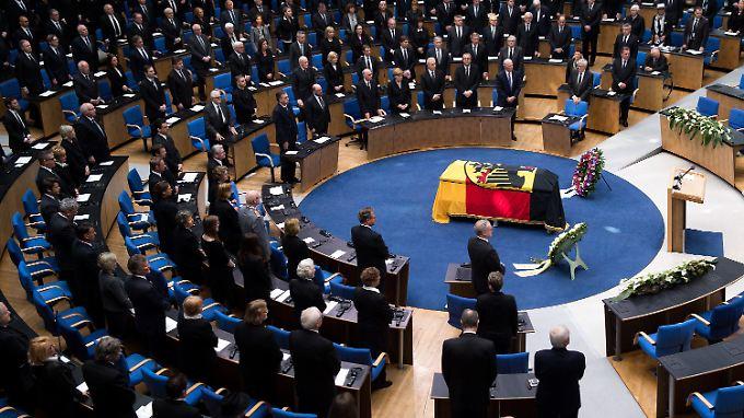 """Staatsakt in Bonn: """"Wir werden Hans-Dietrich Genscher nicht vergessen"""""""