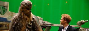 """Ich Wookie, du Prinz: """"Star Wars"""" begrüßt britische Royals"""