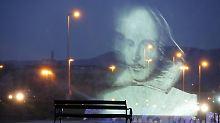 Im kroatischen Zagreb erinnert eine 3D Lichtshow an William Shakespeare.