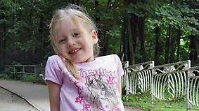Seit einem Jahr vermisst: Polizei sucht mit neuen Fotos nach der kleinen Inga