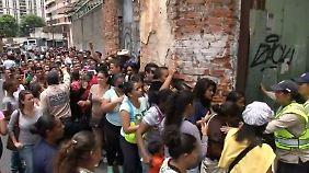 Leere Kühlschränke und Zwei-Tage-Woche: Venezuela stürzt immer tiefer ins Chaos
