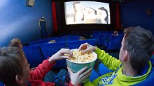 Der Börsen-Tag: Kampf gegen Netflix: Apple kauft Kinofilme