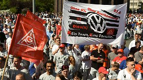 Tarifverhandlung, Abgasskandal, Boni: 60.000 VW-Mitarbeiter machen ihrem Ärger Luft