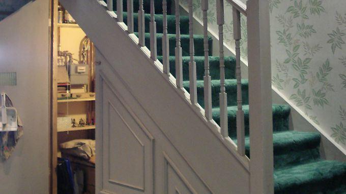 touri attraktion zum 15 jahrestag fans k nnen harry potters zimmer sehen n. Black Bedroom Furniture Sets. Home Design Ideas