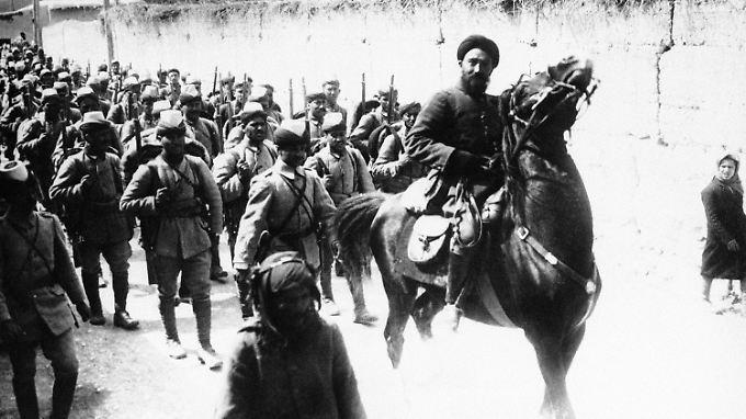 Türkische Soldaten im Jahr 1914 in Damaskus. Zwei Jahre geriet die syrische Hauptstadt unter französische Kontrolle.