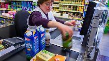 Aus dem Verkauf kommen die meisten Arbeitslosen. Foto: Jens Büttner