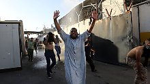 """Ausschreitungen in """"Grüner Zone"""": Tausende stürmen Iraks Regierungsviertel"""