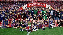 Platzverweis-Festival: Barcelona schnappt sich spanischen Pokal