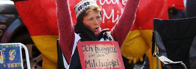 20 Cent für einen Liter Milch sind zu wenig - die Bauern fordern das Doppelte, um wirtschaftlich arbeiten zu können.