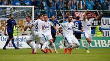 + Fußball, Transfers, Gerüchte +: Regensburg, Zwickau und Lotte steigen auf
