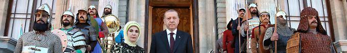 Der Tag: 12:05 Erdogan bezeichnet Verhütung als etwas nicht-muslimisches