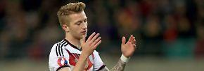 """Doch der Dortmunder ist angeschlagen, eine Nominierung ergebe wenig Sinn. """"Für uns und für ihn eine bittere Entscheidung"""", sagte Löw."""